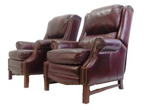Pair of Classic Brown Leather Recliner Chairs by Bradington Young - Great!